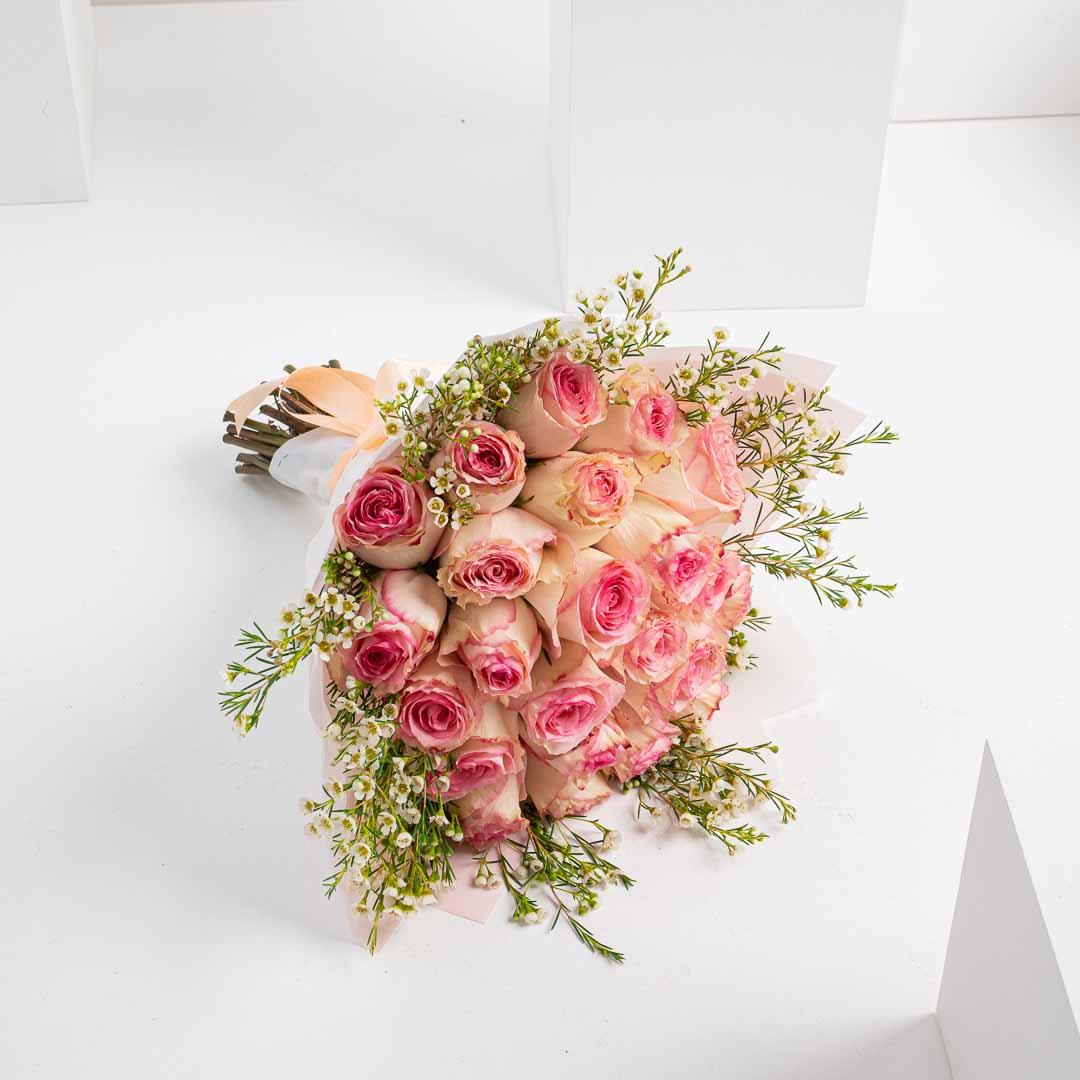 الورود الرقيقة