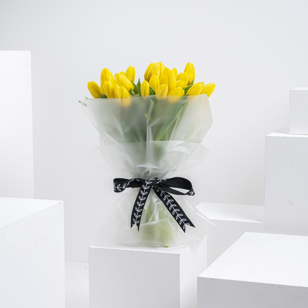 50 Yellow  tulip bouquet