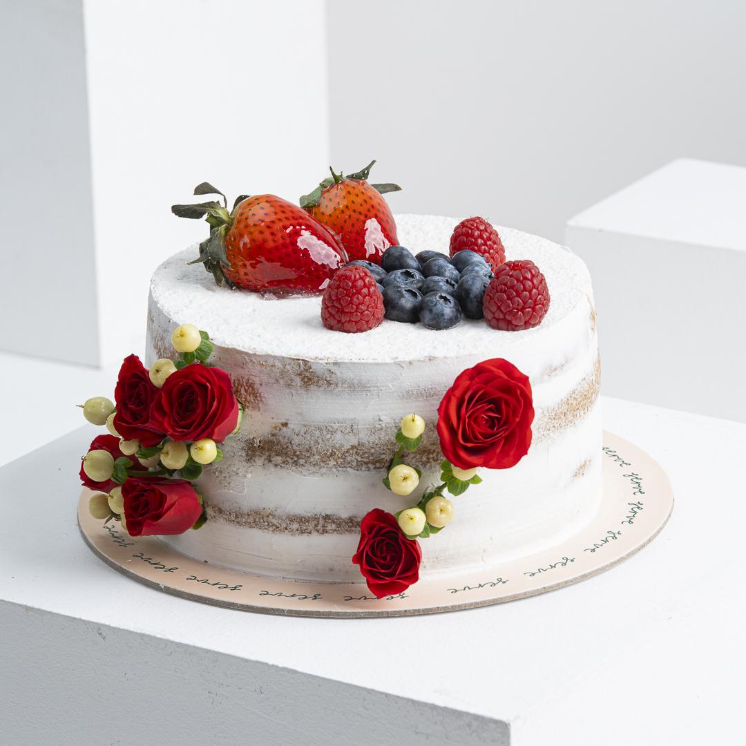 Serve Victoria Cake