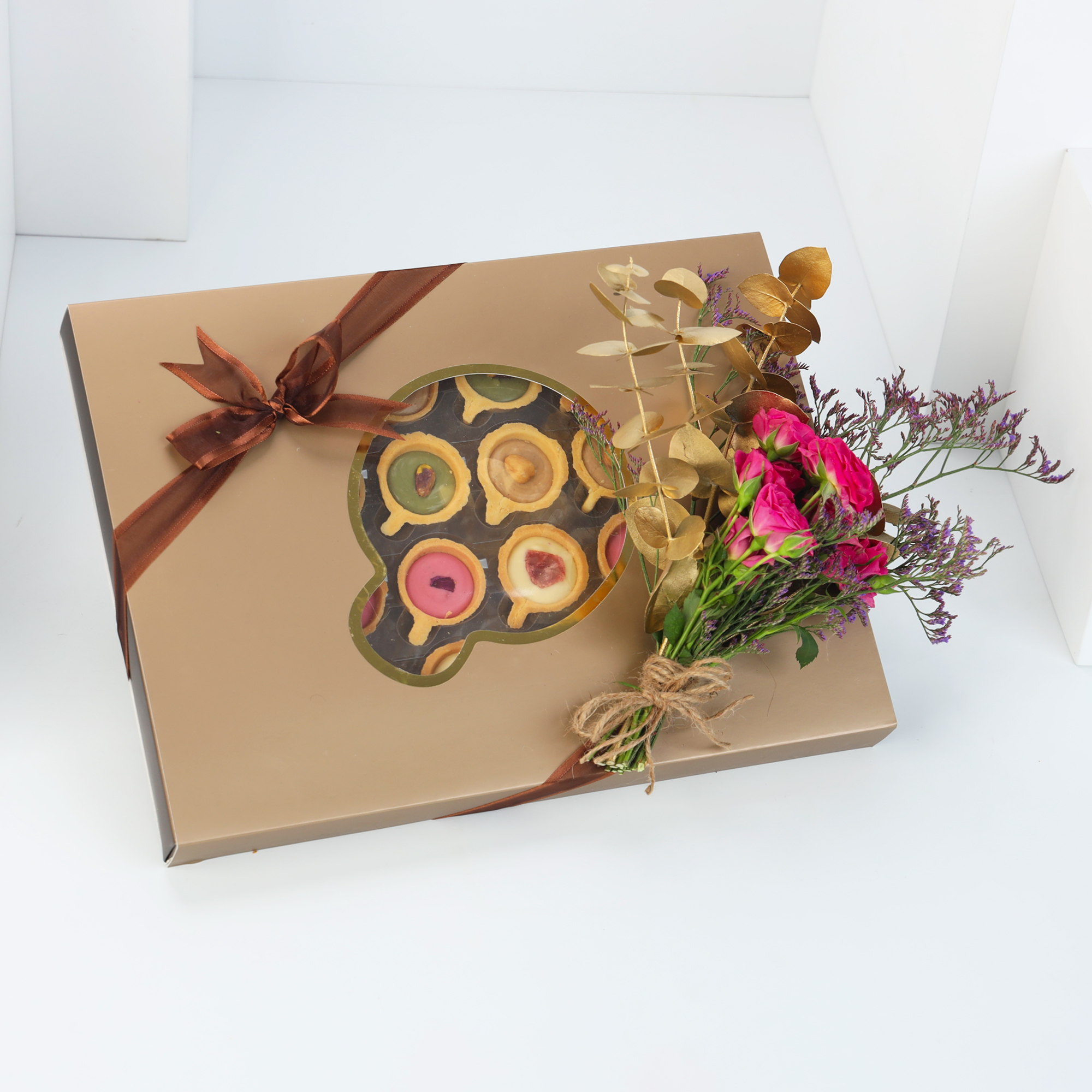 Janahi Sweet's Tart Box