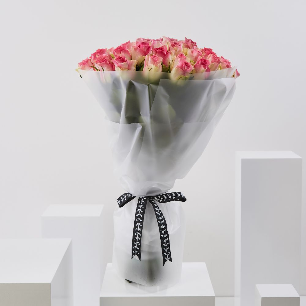 50 Pink Edge Roses