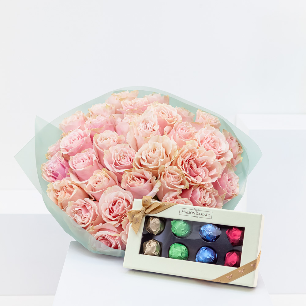 35 Pale Pink Roses with Chocolate