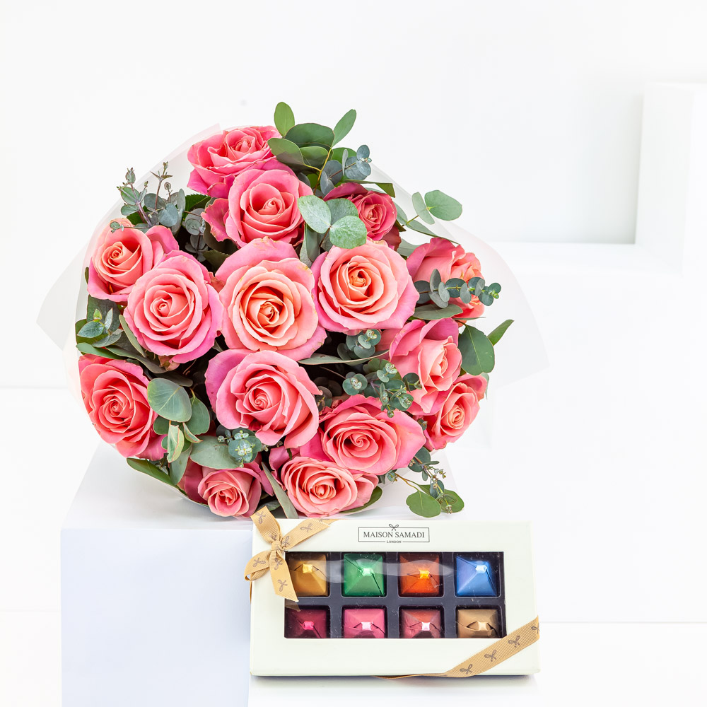 Coral Rose Bouquet with Chocolate